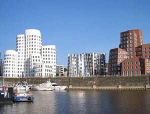 Düsseldorf, Blick auf den Medienhafen