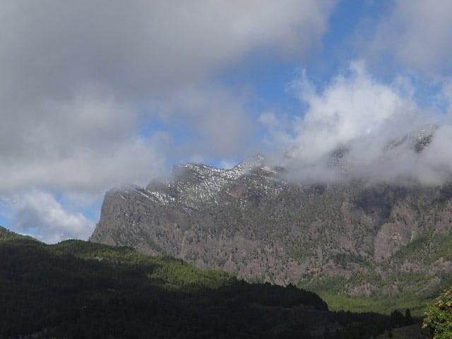 Schroffe Bergwelt auf La Palma
