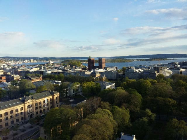 Oslo: Blick zum Rathaus und zum Hafen