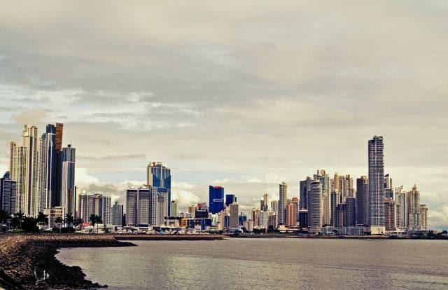 Panama City Skyline, von der Seeseite aus